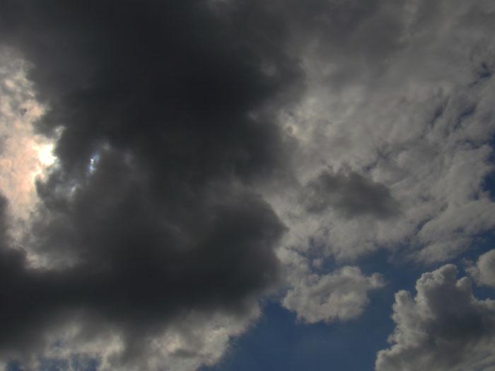 sonne-hinter-wolken