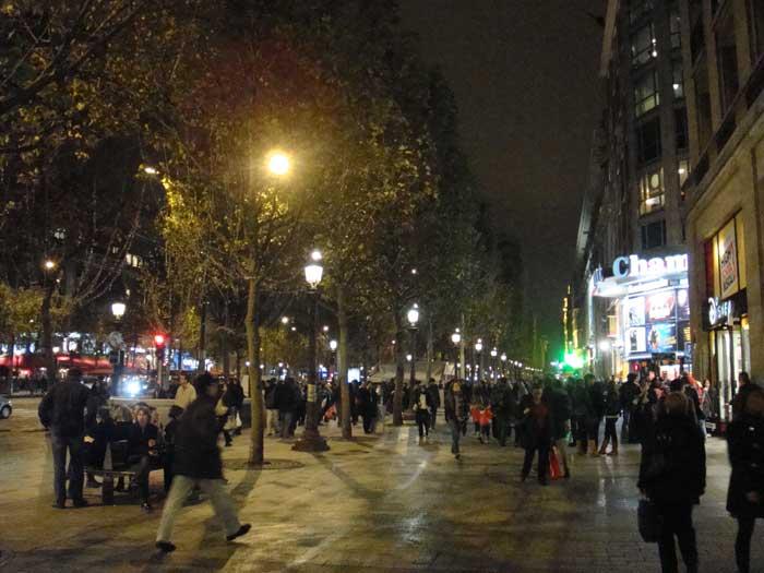 Bettler Flaneur Paris