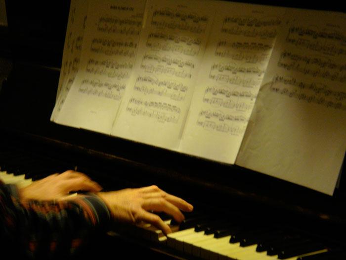 Klavier Samstag Cafe Meier Linz Klavierspieler