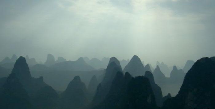 Gebirge Sonnenstrahlen